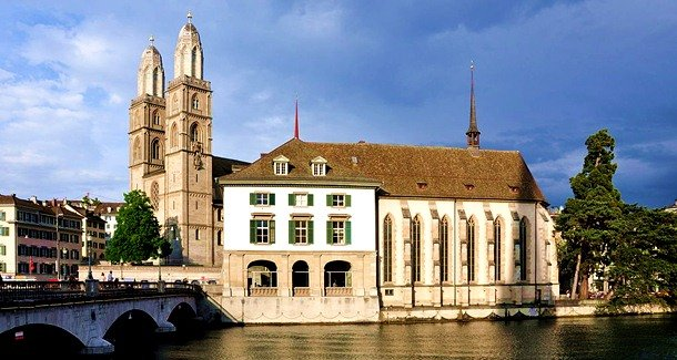 Grossmunster. Zurich, Switzerland. 1100-1120 Romanesque Architecture Examples