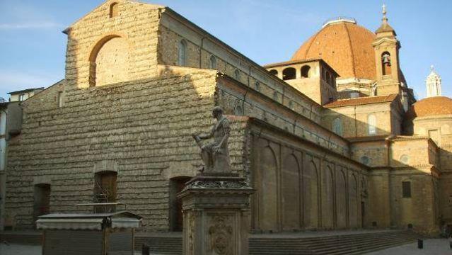 Filippo Brunelleschi. Basilica of San Lorenzo. Florence, Italy. 1422-1470