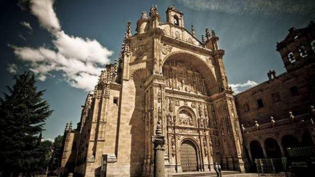 Juan De Alava and R.G. De Hontanon. Convento De San Esteban. Salamanca, Spain. 1624-1610