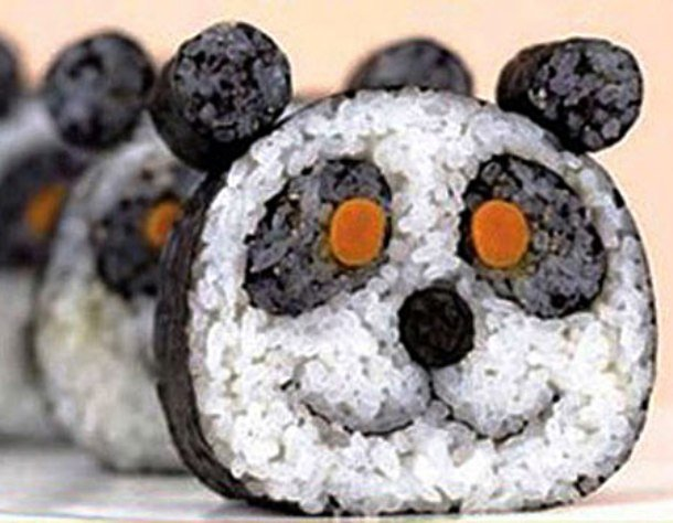 Thanks to its typical black and white pattern, panda bears are popular subjects for sushi artists. Sushi Party Decoration Ideas