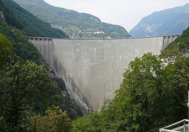 Contra Dam, Switzerland largest dam in the world