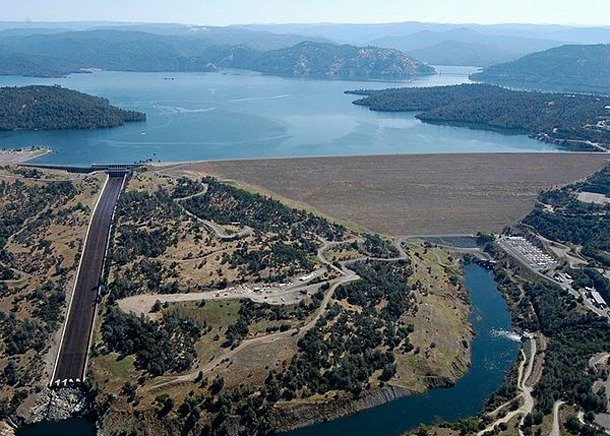 Oroville Dam, California largest dam in the us