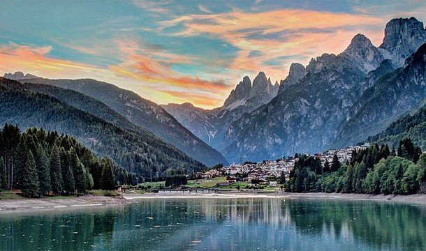 Lake Misurina (Italy)