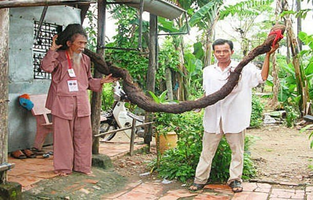 Man With the World's Longest Hair